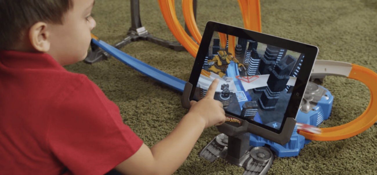 Spielzeug mit Augmented Reality - Augmented Reality im Marketing von Unternehmen